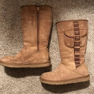 UGG boots with buckle and pocket